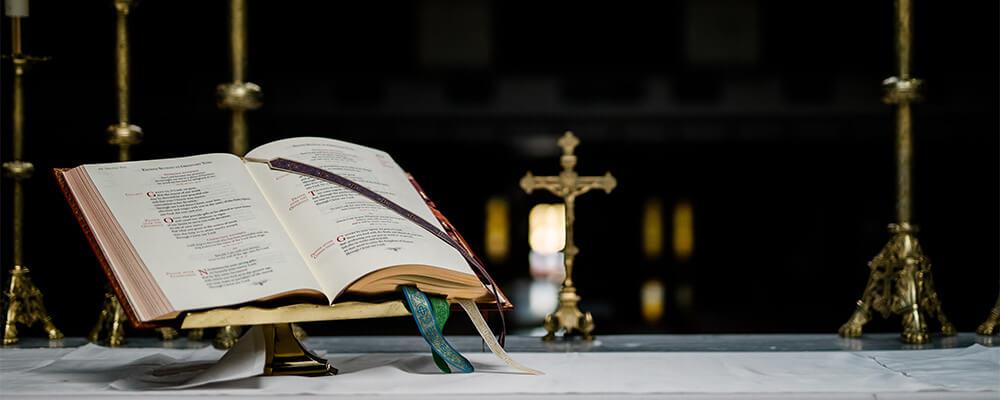 https://salinadiocese.org/wp-content/uploads/2020/10/liturgy-hero.jpg